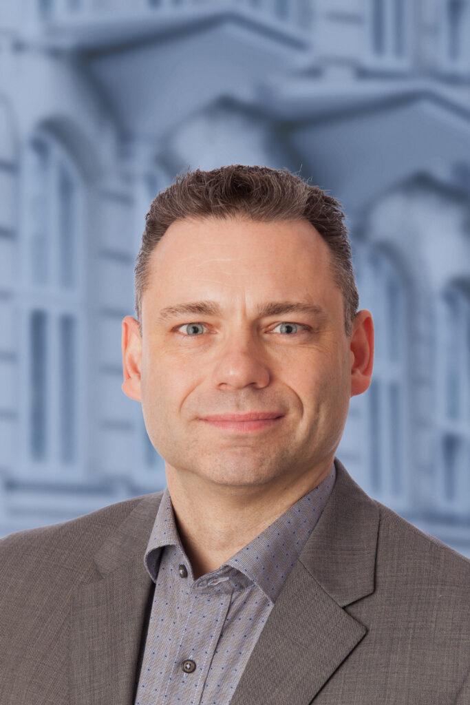 Michael Arnø med V-baggrund